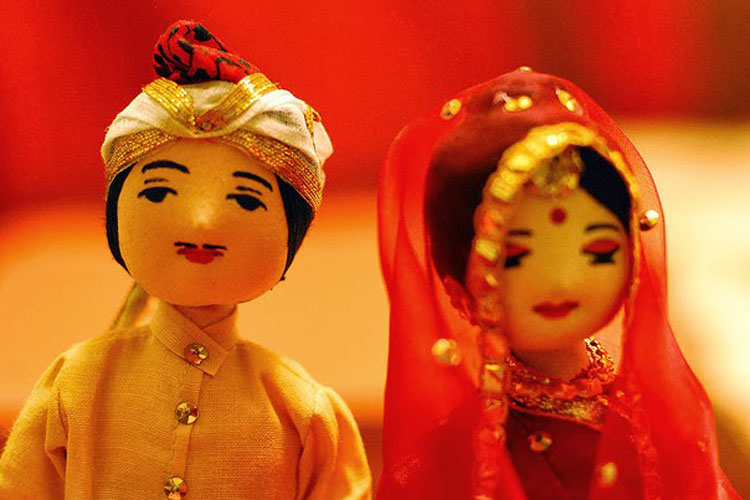 'সরকারির নজরদারি'র অভাবে বেড়েছে বাল্যবিয়ে: জরিপ
