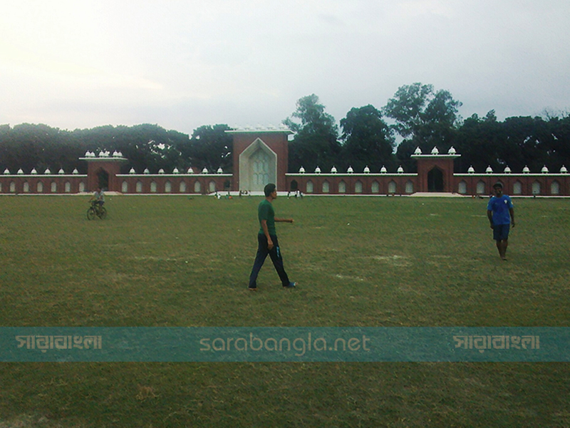দিনাজপুরে প্রস্তুত গোর-এ শহীদ ময়দান