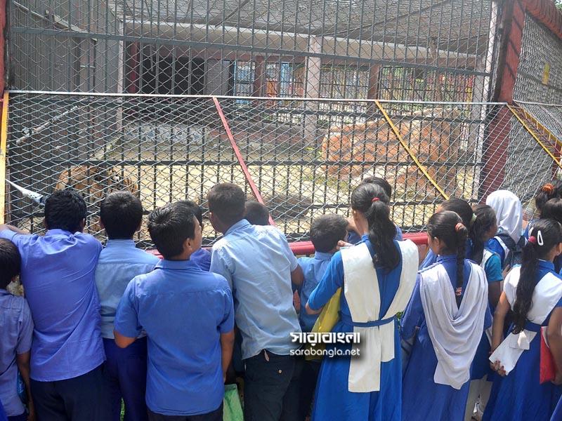 বন্যপ্রাণী হত্যা নয়, শিক্ষার্থীদের শেখাচ্ছে চট্টগ্রাম চিড়িয়াখানা