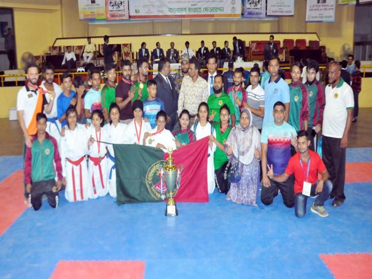 জাতীয় কারাতে প্রতিযোগিতায় বাংলাদেশ আনসার চ্যাম্পিয়ন
