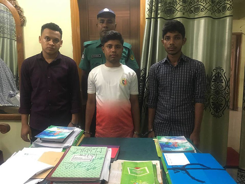 চট্টগ্রামে ককটেলসহ তিন শিবির নেতা আটক