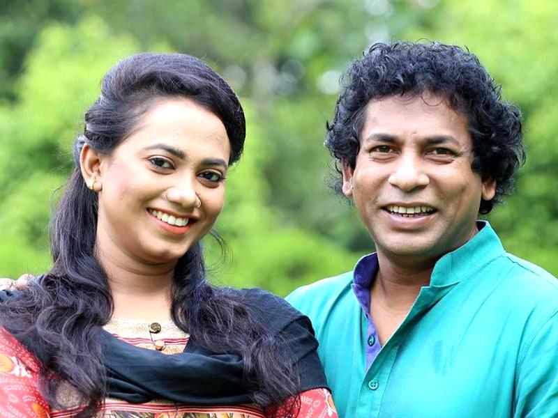 জুঁইয়ের সঙ্গে গাইলেন মোশাররফ করিম