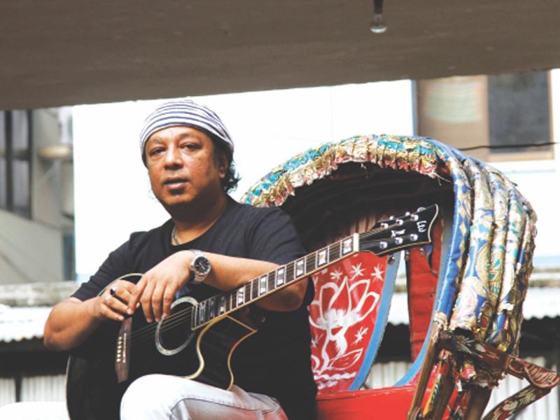 জাতীয় ঈদগাহে জানাজা, অন্তিম শয়ান চট্টগ্রামে