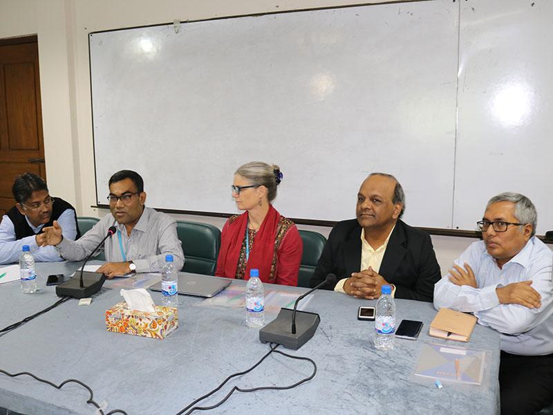 'সামাজিক নিরাপত্তা বেষ্টনীর সফলতায় সমৃদ্ধির পথে বাংলাদেশ'