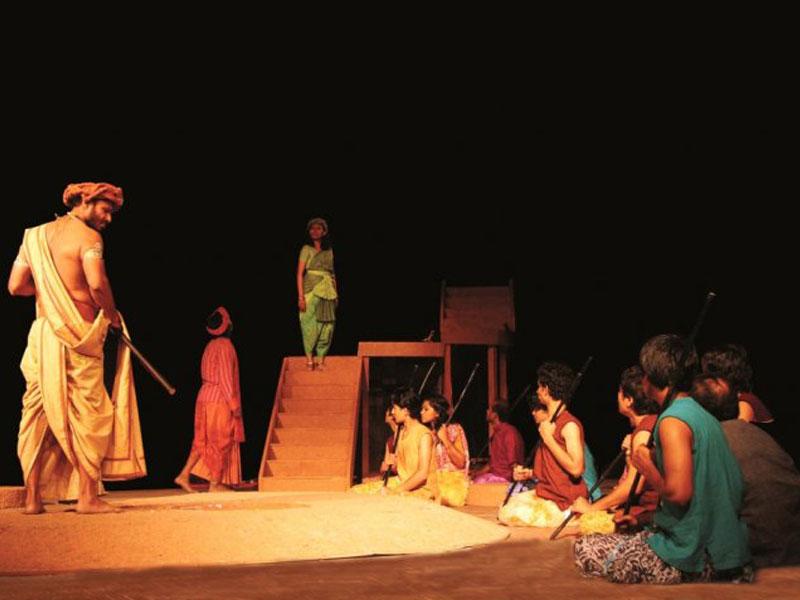 ভারতে নাট্যোৎসব শুরু 'খনা'র মঞ্চায়নে