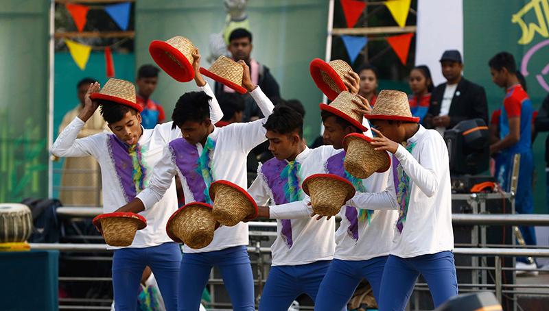 লাঠিখেলা, ঘাটু ও বাউল গানে মুখর বাংলাদেশ উৎসব