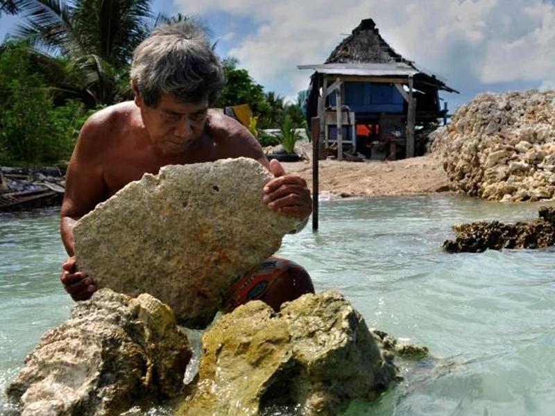 জলবায়ু শরণার্থীদের দেশে ফেরত পাঠানো যাবে না: জাতিসংঘ