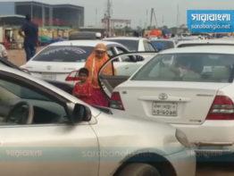 ঈদের পরদিনই ভিড়, শিমুলিয়ায় পারাপারের অপেক্ষায় ৫ শতাধিক যানবাহন