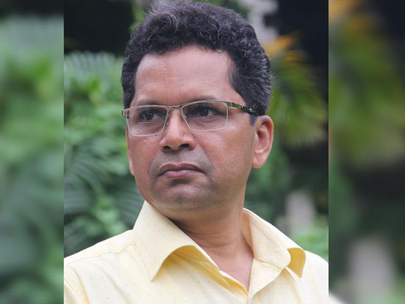 দ্বিতীয় মেয়াদে শিল্পকলার পরিচালক আশরাফুল আলম পপলু
