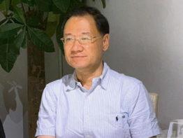 আটকের ৬ দিন পর অধ্যাপককে মুক্তি দিল চীন