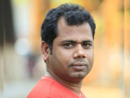 আন্ওয়ার আহমদ স্মৃতিপদক পাচ্ছেন 'পাঁপড়' সম্পাদক অদ্বৈত মারুত