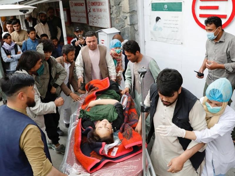 আফগানিস্তানে স্কুলের পাশে গাড়ি বোমা বিস্ফোরণে নিহত অর্ধশতাধিক