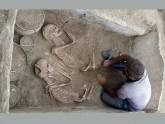 পাঁচ হাজার বছর আগের রোমিও-জুলিয়েটের কবরের সন্ধান
