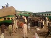 পাকিস্তানে ট্রেন দুর্ঘটনা: ১৬ জনের প্রাণহানি, আহত ৮৪