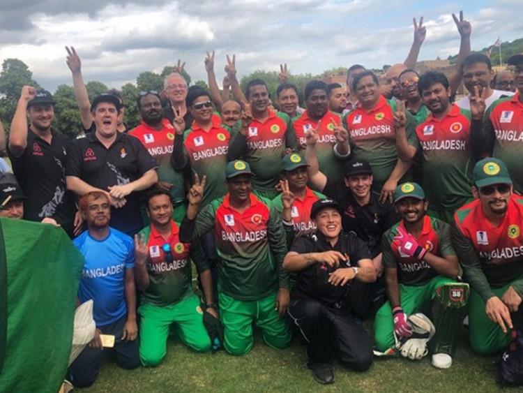 ফাইনালে বাংলাদেশ সংসদীয় ক্রিকেট দল