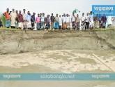 সিরাজগঞ্জে যমুনার পানি বেড়ে রক্ষাবাঁধে ধস