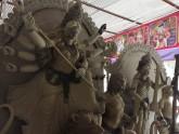 শারদ উৎসবের আমেজ, অপেক্ষা দেবী বরণের
