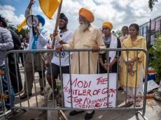 হোস্টনে মোদি বিরোধী বিশাল বিক্ষোভ, এড়িয়ে গেছে ভারতীয় মিডিয়া