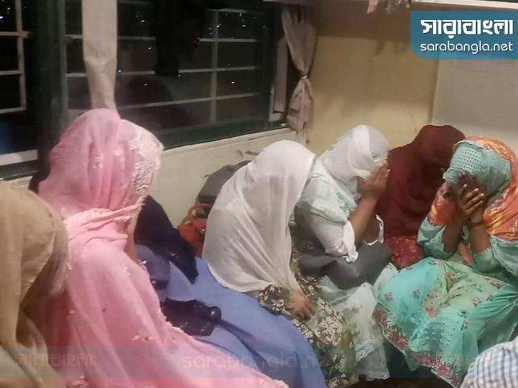গুলশানে সেলুন ও স্পা সেন্টারে অভিযান, ১৬ নারী আটক