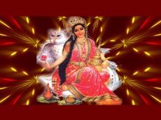 শ্রী বৃদ্ধির আশীর্বাদ দেবেন দেবী লক্ষ্মী
