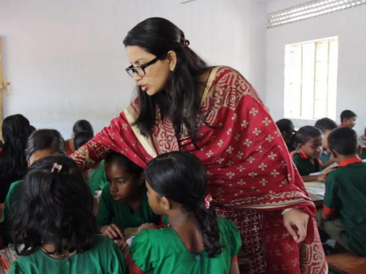 সরকারি প্রাথমিক বিদ্যালয়ের শিক্ষক হতে দারুণ সাড়া