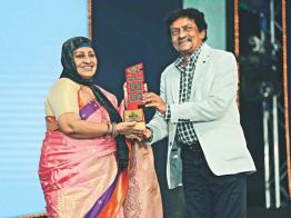 টিভি পর্দায় ভারত-বাংলাদেশ ফিল্ম অ্যাওয়ার্ড