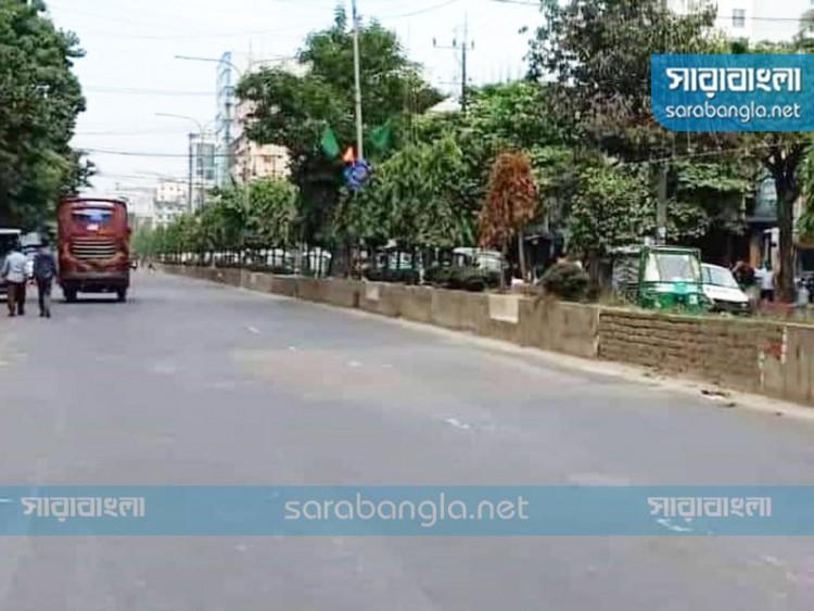 চট্টগ্রাম বিমানবন্দরমুখী ৩ কিলোমিটার সড়কে রিকশা বন্ধ