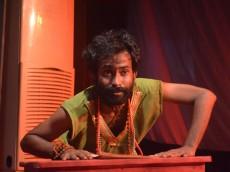 মঞ্চের আলোয় মহাকবি কালিদাস