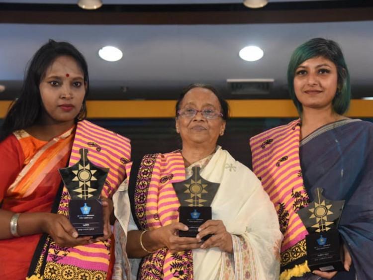 তিন নারী সাহিত্যিক পেলেন ব্র্যাক ব্যাংক-সমকাল সাহিত্য পুরস্কার
