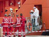 ডুবে যাওয়া নৌযান থেকে ১৪৯ জনকে উদ্ধার করেছে ইতালির কোস্ট গার্ড