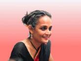 করোনাকালে ভারতে মুসলিম বিদ্বেষ প্রকাশিত হয়েছে: অরুন্ধতী রায়