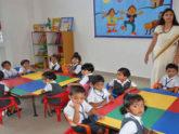 বিপর্যয়ের মুখে কিন্ডারগার্টেন স্কুল, সরকারি সহায়তার অপেক্ষায়