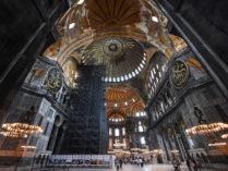 হায়া সোফিয়ার মসজিদে রূপান্তর: ধর্মীয় নয়, রাজনৈতিক সিদ্ধান্ত