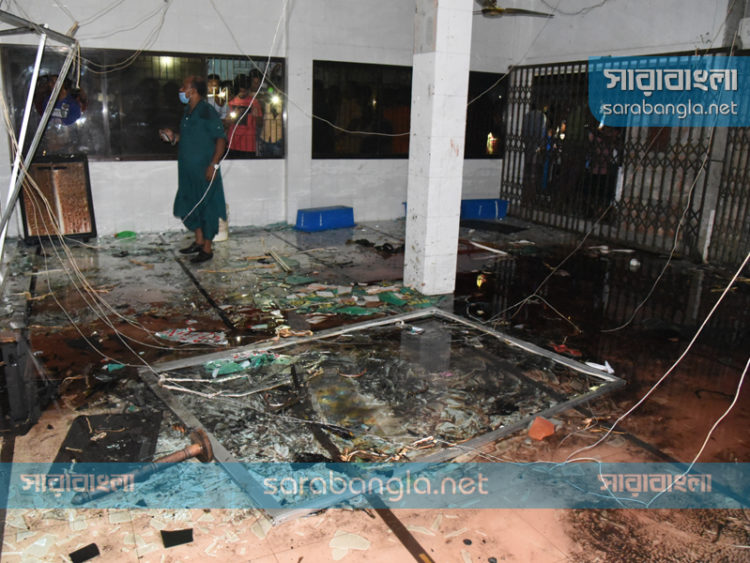 নারায়ণগঞ্জে মসজিদে বিস্ফোরণ: মুসল্লিদের সাক্ষ্য নিল সিআইডি