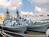 নৌবাহিনীর বহরে ৫ আধুনিক যুদ্ধজাহাজ