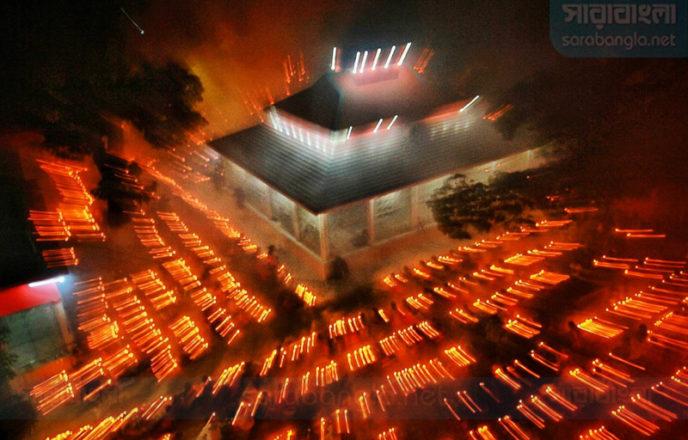 আপনজনের কল্যাণ কামনায় সন্ধ্যা প্রদীপ জ্বেলে 'কার্তিক ব্রত'