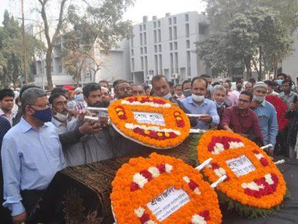 জাতীয় প্রেস ক্লাবে আবুল মকসুদের জানাজা, শ্রদ্ধা নিবেদন