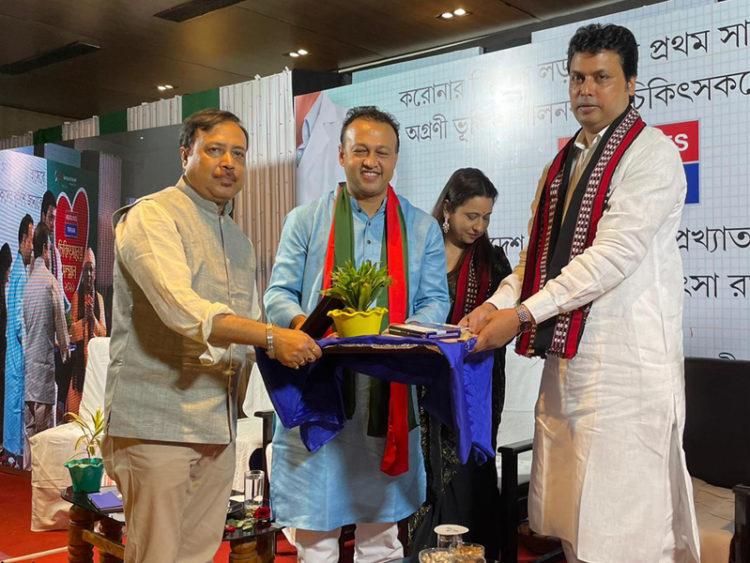 ভারতীয় গণমাধ্যমের 'চিকিৎসক রত্ন' খেতাব পেলেন বিদ্যুৎ বড়ুয়া