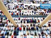 চট্টগ্রামে মসজিদে মুসল্লিদের ঢল, করোনামুক্তির প্রার্থনা