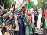 তালিবানের অন্ধকার যাত্রার প্রতিবাদে অস্ত্র হাতে আফগান নারী